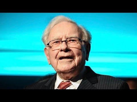 Warren Buffett makes $75 billion in Apple, dumps newspapers and IBM