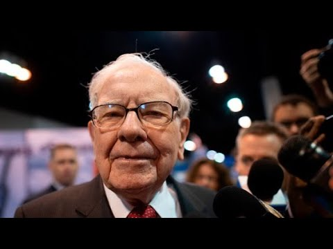 Warren Buffett's Berkshire Hathaway increases shares of Kroger, decreases shares of major banks