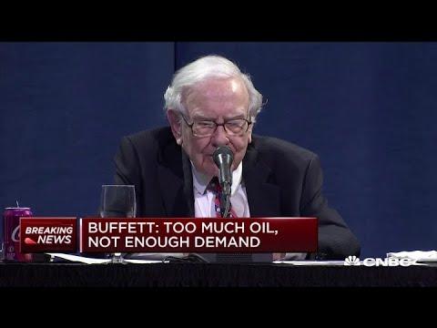 Berkshire Hathaway's Warren Buffett on investor concerns about oil prices