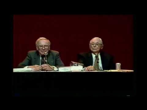 Warren Buffett gives investment advice for young people